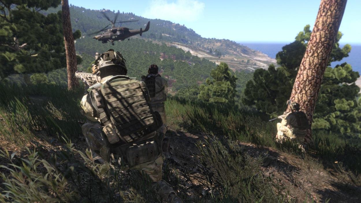 Arma 3 Soldaten auf einem Berg