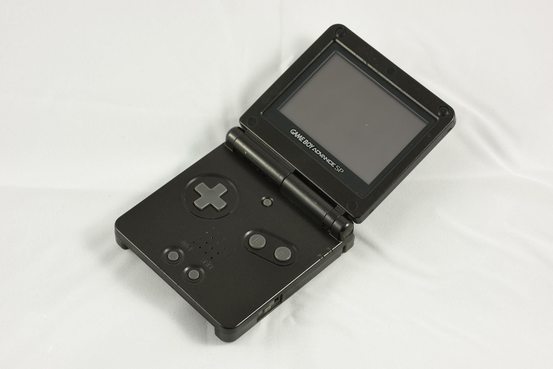 GameBoy Advance SP in schwarz