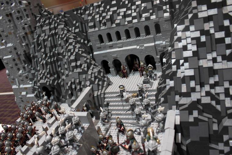 Helms Klamm in LEGO - Ansicht der Hornburg
