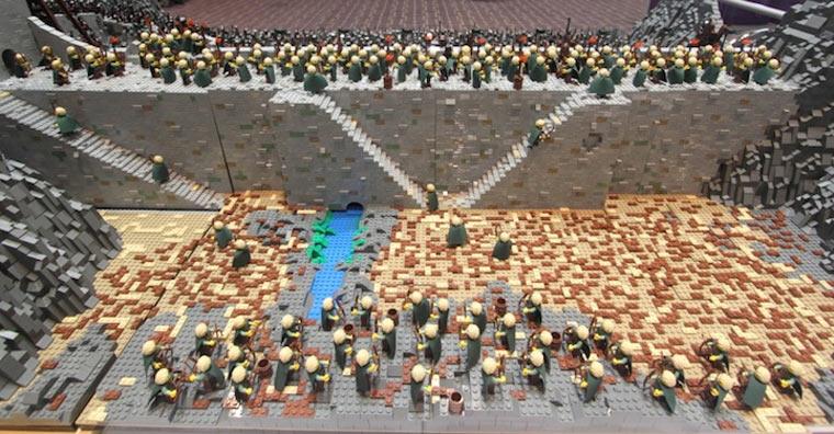 Helms Klamm in LEGO - Die Elben halten die Festung